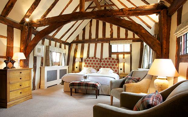 Bedroom-Swan-at-Lavenham-be