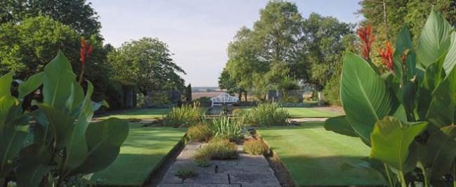 Mallory-Court-Garden