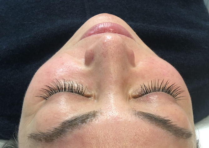 Beauty Get Perfect Eyelashes In Your Lunch Break At Lash Bar